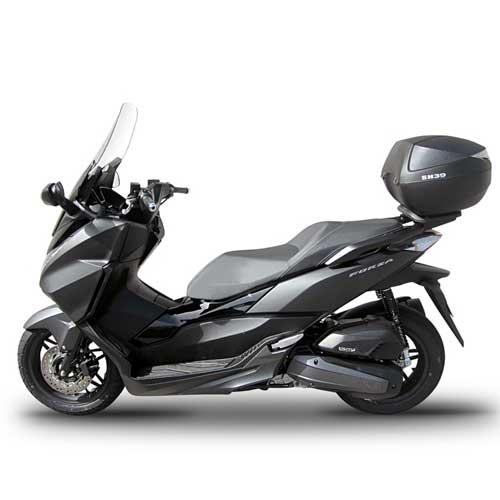 Baul trasero moto